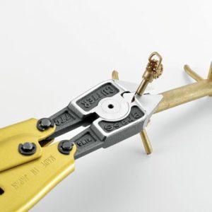 PC-1300 cắt cây đúc bằng kim loại